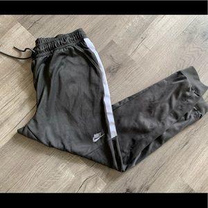 Men's size xl Nike sweats
